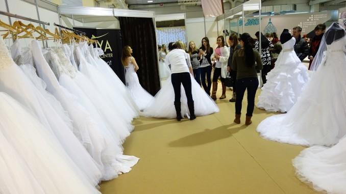 Svadba a nákup šiat