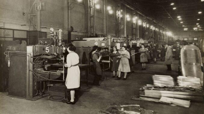 Továreň