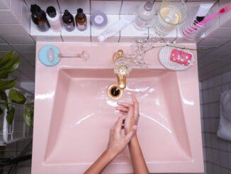 Umývadlo voda