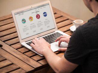 Nástroje na tvorbu webu